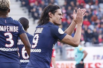 cavani buteur paris ligue 1