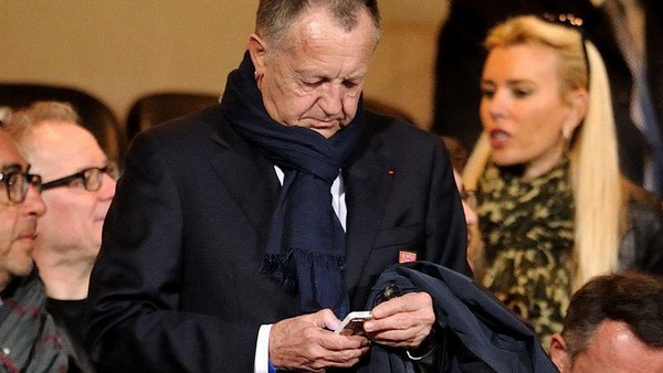 jean michel aulas twitter tweet foot